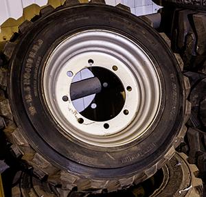 Колесо для подъемников Haulotte 12SX, 15SX, 18SX